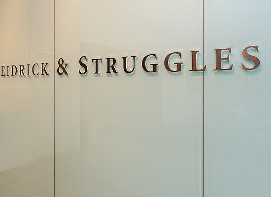Heidrick & Struggles